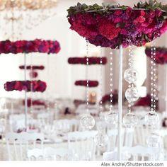 Dekorative Blumen Aufsteller auf Hochzeitstischen