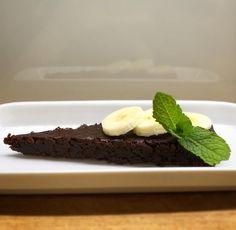 Vláčný extra čokoládový dort s banány