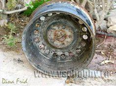 Po výmene kolies manžel odložil staré disky do garáži a už celé mesiace tam zaberali miesto. Hoci sa s manželkou dohodli, že disky čoskoro odstráni, stále sa nemal k činu a tak manželke postupne došla trpezlivosť.