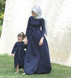 #hijab #hijabdress #hijabfashion  Pinterest: @GehadGee Islamic Fashion, Muslim Fashion, Modest Fashion, Hijab Fashion, Girl Fashion, Mother Daughter Dresses Matching, Mother Daughter Fashion, Mother Daughters, Moslem