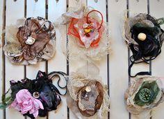 Fiori gioiello, fiori di stoffa: accessori originali