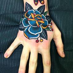 Floral design idea - I like the colors