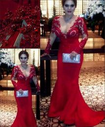 Red Lace Evening Gowns Sleeves Low-cut Ruched Plus Size Crystals Mermaid Dresses Evening Wear Chiffon Long Beaded Celebrity Formal Dress