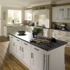 Sheraton Kitchen Collection from Kent Blaxill, leading suppliers of kitchen refurbishments and decorating tools. Bathroom Accessories Luxury, Bathroom Design Luxury, Bathroom Design Small, Bathroom Designs, Modern Bathroom Faucets, Bathrooms, Master Bathroom, Classic Bathroom, Bathroom Cabinets