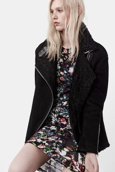 See the complete McQ Alexander McQueen Resort 2015 collection.