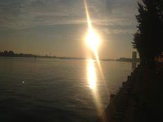 Sunrise at Java-eiland en KNSM