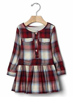 Baby Girl Clothes - Shop by Size : babyGap: Baby mos) Shop By Size Stylish Dresses For Girls, Frocks For Girls, Kids Frocks, Little Girl Dresses, Girls Dresses, Kids Christmas Outfits, Kids Outfits, Christmas Baby, Girls Clothes Shops