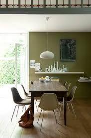 Afbeeldingsresultaat voor olijfgroene muur gordijn