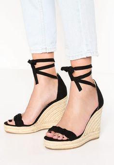 f547a4e267cd0 Chaussures Even Odd Sandales à plateforme - black noir  40,00 € chez  Zalando (