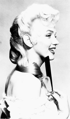Marilyn Monroe, Hair test for the River of no Return 1954.