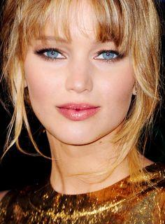 Jennifer Lawrence - Love the make-up !