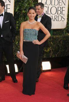 Olivia Munn - Giorgio Armani - 2013 Golden Globes