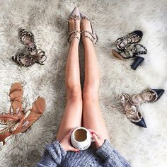 It's all about starting your day off on the right foot with #ValentinoGaravani shoes. Image via beautiful @wendyslookbook