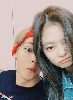 Jennie x Taehyung Couple Aesthetic, Kpop Aesthetic, Songsong Couple, Couple Goals, Bts Girl, Lee Hyun, Jungkook Fanart, Kpop Couples, Jennie Kim Blackpink