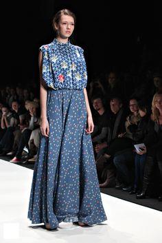 liliya-pustovit // printed maxi dress