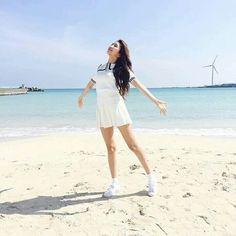 Gfriend Extended Play, South Korean Girls, Korean Girl Groups, Kim Ye Won, Gfriend Sowon, G Friend, Kpop, Cultura Pop, White Shorts