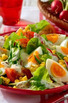 Sommersalat mit Joghurt-Dressing Summer salad with yogurt dressing recipes healthy Chicken Salad Recipes, Healthy Salad Recipes, Easy Salads, Summer Salads, Caesar Salad, Greens Recipe, How To Make Salad, Feta, Meal Prep