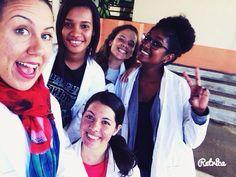 """Les coupines en mode """"Scientists""""  I  U  #Team974 #LaRéunion #TerminaleS #ECE #BAC #Friends by yabion974"""
