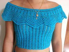 Blusa ciganinha feita em crochê com linha anne 100% algodão.