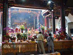 「台灣超級特別,缺的是宣傳」台灣魅力讓法國導遊寫書介紹廟宇文化