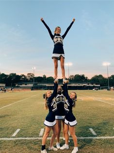 Cheer Outfits, Cheerleading Outfits, Cheerleading Stunting, Volleyball Drills, Volleyball Quotes, Volleyball Gifts, Coaching Volleyball, High School Cheerleading, Cute Cheerleaders