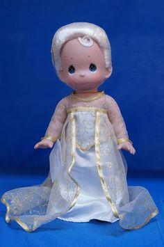Disney D23 2015 Precious Moments Doll Frozen Elsa Signed Linda Rick 5892 #PreciousMoments #VinylDolls