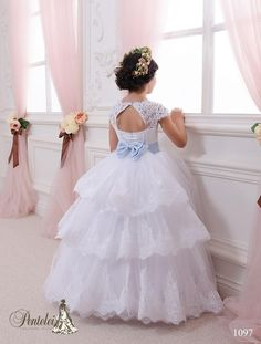 Lace Ball Gown Flower Girl Dresses 2015 Cheap Sky Blue Sash Floor Length Keyhole Back Wedding Party Communion Kids Gowns Girls Pageant Dress Kids Pageant Dresses, Wedding Dresses For Kids, Wedding Flower Girl Dresses, Flower Dresses, Girls Dresses, Dresses 2016, Flower Girls, White Ball Gowns, Lace Ball Gowns