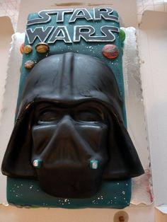 Cake-Darth Vader mask Cake by Valeria
