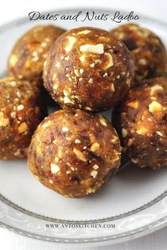 Dates and nuts ladoo – a healthy dessert in 3 mins Dates and nuts ladoo (dry fruits ladoo) is a healthy and quick dessert with dates and nuts in 3 minutes. Indian Dessert Recipes, Sweets Recipes, Snack Recipes, Indian Sweets, Indian Snacks, Indian Baby Food Recipes, Goan Recipes, Easy Homemade Snacks, Easy Snacks