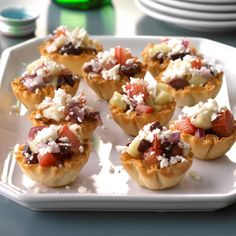 Greek Veggie Tartlets Recipe -This recipe started out as a salad, which I re-created after a trip to Greece. When my husband suggested I serve the mixture in phyllo cups, it became my most-requested appetizer! Potluck Recipes, Easter Recipes, Appetizer Recipes, Cooking Recipes, Phyllo Shell Recipe, Phyllo Cups, Phyllo Dough, Healthy Appetizers, Healthy Snacks