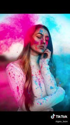 Film Photography Tips, Creative Portrait Photography, Photography Challenge, Creative Portraits, Girl Photography Poses, Coffee Photography, Professional Photography, Travel Photography, Powder Paint Photography