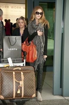 Rosie Huntington Whiteley Airport Celebrity Style Fashion Actress Travel