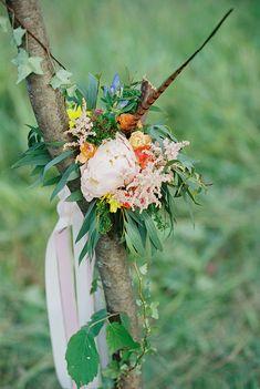 wedding decor ideas for Bohemian wedding inspiration shoot in the countryside with a dose of vibrancy   photo by Igor Kovchegin   Fab Mood - UK wedding blog #bohemian