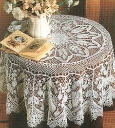Home Decor Crochet Patterns Part 149 - Beautiful Crochet Patterns and Knitting Patterns Crochet Table Topper, Crochet Tablecloth Pattern, Crochet Bedspread, Crochet Doilies, Filet Crochet, Crochet Chart, Thread Crochet, Crochet Round, Doily Patterns