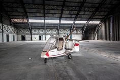 It's amazing to think what hidden treasures a deserted aircraft hangar may yield to urban explorers seeking to document its cavernous form. This infiltrator found an abandoned
