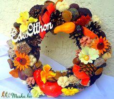Őszi terméskoszorú (22 cm) (pinkrose) - Meska.hu Wreaths, Halloween, Home Decor, Decoration Home, Door Wreaths, Deco Mesh Wreaths, Interior Design, Garlands, Home Interior Design