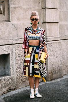printed kimono + printed crop top + yellow clutch + printed midi skirt + printed Converse