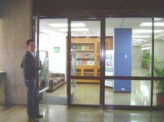 Bienvenidos a la Biblioteca Lorenzo Mendoza Fleury del IESA. Estamos ubicados en la torre Sur del piso 2 del edificio del IESA en San Bernardino