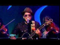 ▶ Bruno Mars performing Grenade on Ellen (w/ interview) - YouTube
