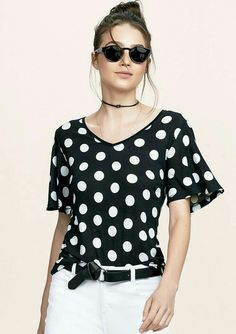 Top Chic, Baby Dress Patterns, Western Dresses, White Fashion, Fashion Outfits, Womens Fashion, Casual Tops, Blouse Designs, Blouses For Women