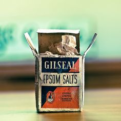 50 Superb Real Life Examples of Retro Typography Vintage Packaging, Vintage Branding, Packaging Design, Cuba, Retro Typography, Wing Recipes, Epsom Salt, The Good Old Days, Magazine Design