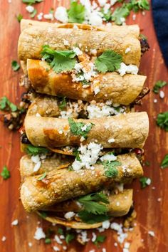 Vegetarian Black Bean Taquitos | @naturallyella