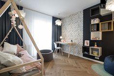 Nastrojowo, ciepło, szlachetnie – urządzamy nowoczesny pokój dziecięcy   KODO projekty i realizacje wnętrz Pastel Nursery, Baby Kids, Loft, Curtains, Bed, Furniture, Home Decor, Blinds, Decoration Home