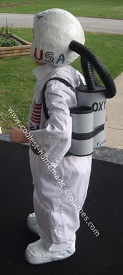9bbe5a619b Coolest Homemade Astronaut Costume