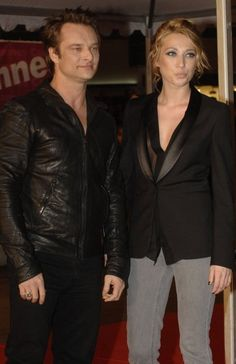 Laura Smet et David Hallyday : vacances en famille à Ibiza ! Laura Smet, Johnny Haliday, Rock Legends, Ibiza, John Wick, Portrait, Music, Celebrities, Star Wars