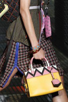 Prada Spring 2017 Menswear Fashion Show Details Diese und weitere Taschen auf www.designertaschen-shops.de entdecken