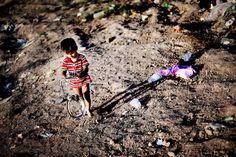 syrian refugees : Magnus Holm