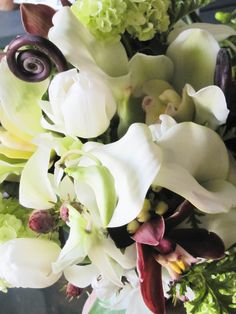 Bridal bouquet with Uhlule fern frond