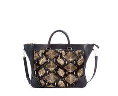 Description: Zara FUR SHOPPER BAG Ref. 32 x 36 x 16 cm. / 13 x 14 x 6 ˝. Sold by sumonta. Shopper Bag, Tote Bag, Zara New, Zara Bags, New Handbags, Zara Women, Bag Accessories, Bucket Bag, Fashion Design