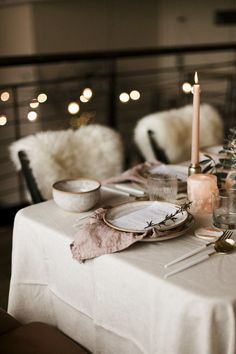 Wedding invitations vintage romantic table settings 69 ideas - New Site Romantic Table Setting, Wedding Table Settings, Setting Table, Wedding Venue Inspiration, Wedding Ideas, Wedding Events, Chic Wedding, Rustic Wedding, Decoration Inspiration